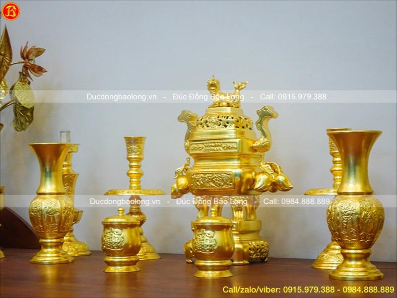 đồ thờ bằng đồng dát vàng