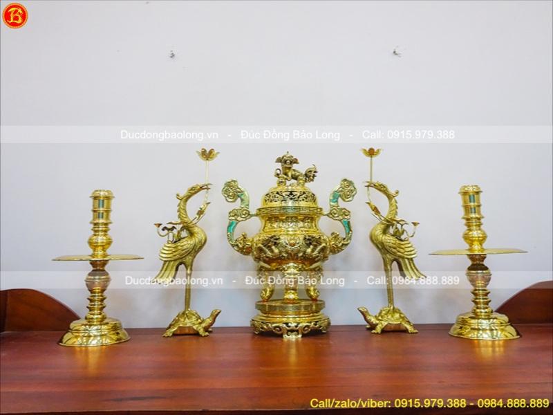đồ thờ bằng đồng vàng
