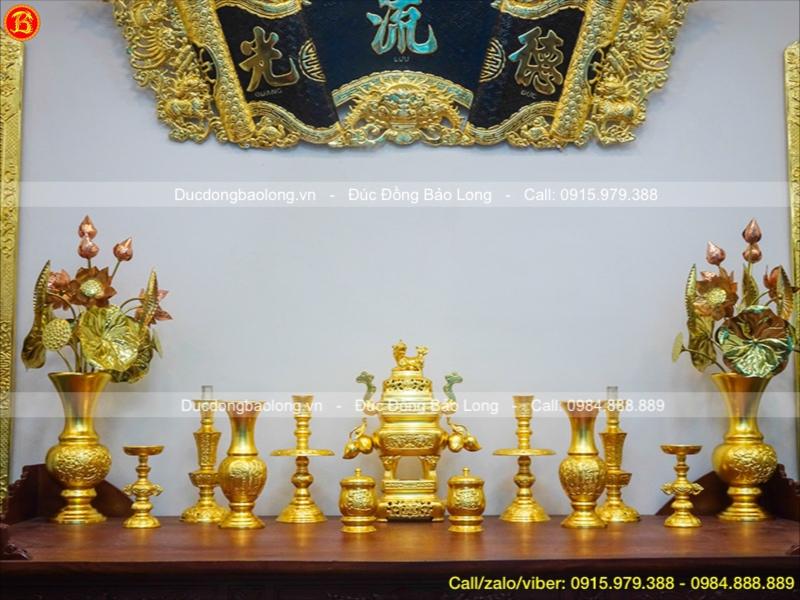 Bộ Đồ Thờ Đỉnh Vuông Dát Vàng Trái Đào 45cm