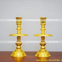 Đèn thờ là gì? Dùng đèn thờ với những mục đích gì?