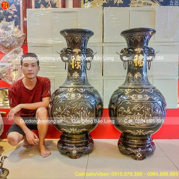 Cặp Lộc Bình Tai Voi Bằng Đồng Khảm Vàng Bạc 1m27