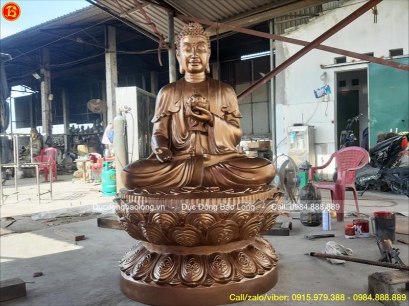 tuổi gì hợp thờ tượng Phật a di đà