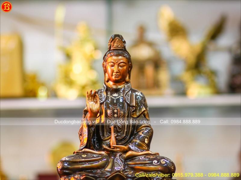Tượng Phật Bà ngồi đài sen bằng đồng