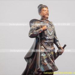 Top 10 tượng Trần Hưng Đạo tặng sếp phong thủy tốt, mẫu mã đẹp nhất
