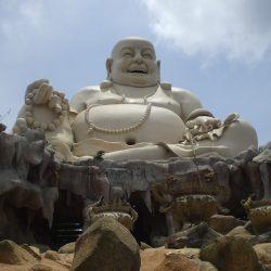 Pho tượng Phật Di Lặc lớn nhất Việt Nam nằm ở tỉnh nào?