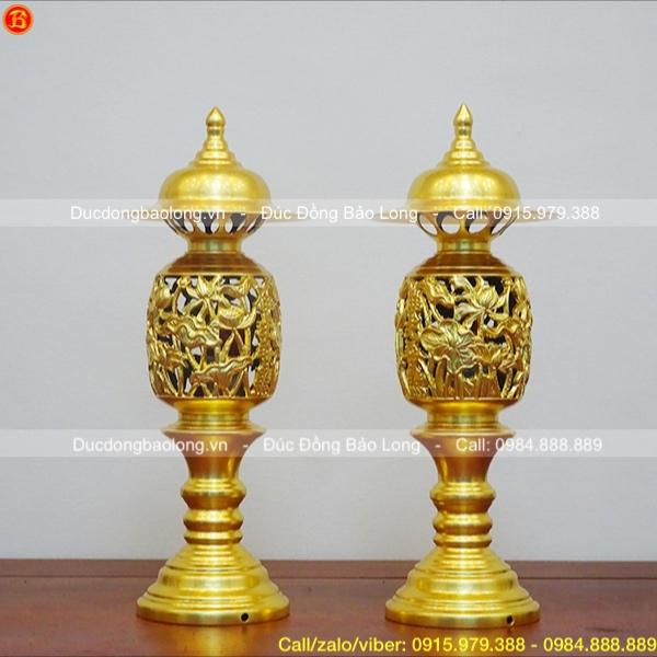 Đôi Đèn thờ bằng đồng thau dát vàng 9999 cao 42cm