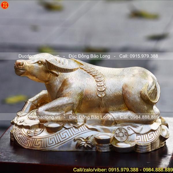 Tượng Trâu Phong Thủy bằng đồng vàng cao 12cm