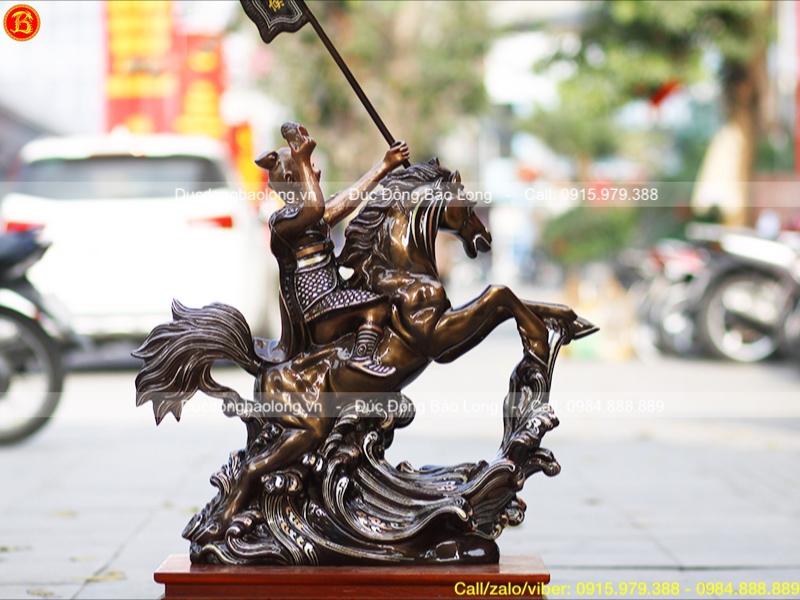 Tượng Mã Thượng Phong Hầu khảm Tam khí cao 69cm