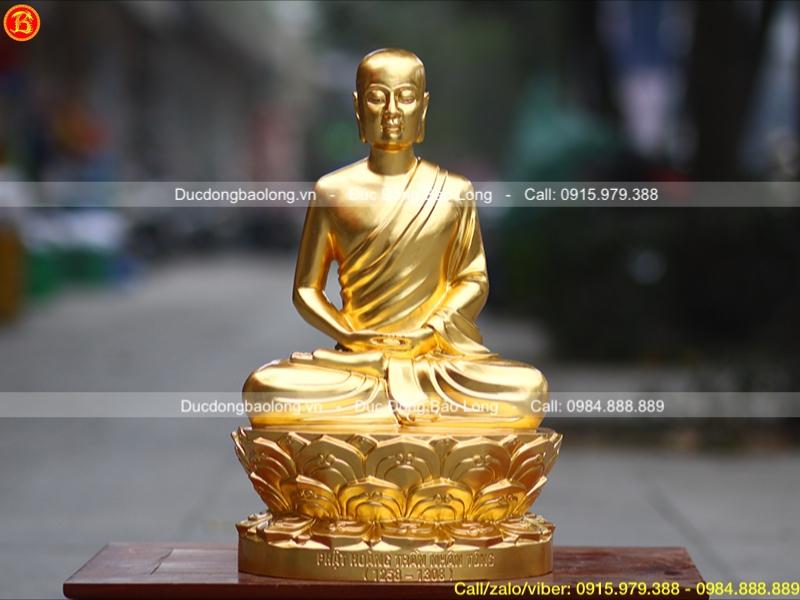 Tượng Phật Hoàng Trần Nhân Tông dát vàng cao 50cm