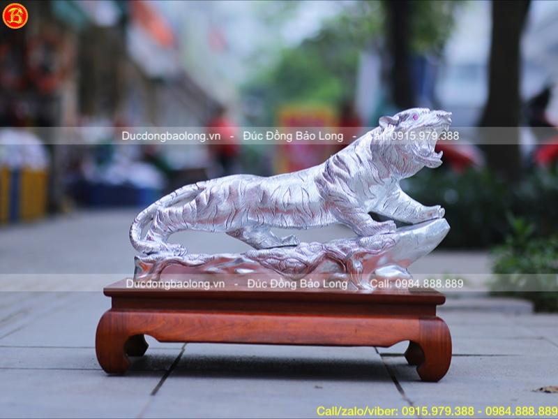 tượng hổ phong thủy dát bạc