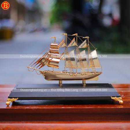 Mô Hình Thuyền Buồm Dài 30cm Bằng Đồng Mạ Vàng